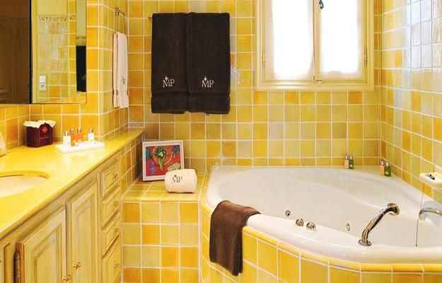 Inspiring Bathroom Designs For The Soul: Best 25+ Yellow Tile Bathrooms Ideas On Pinterest