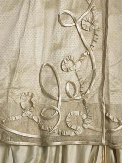 "1901 Reception Gown Janet Arnold ""Patterns of Fashion 2"" closeup of skirt"