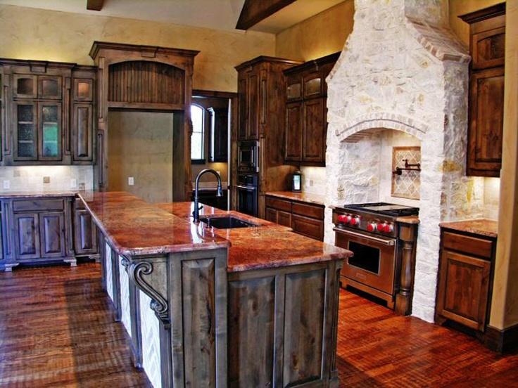 Love the island and granite color cocinas pinterest for Cocinas color granate