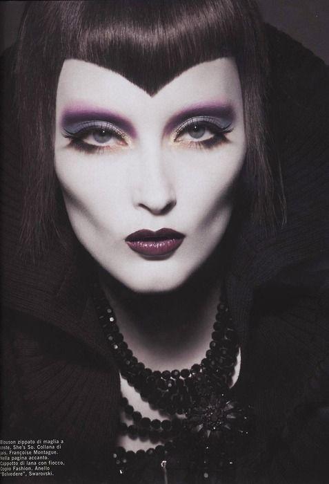 #Maquillaje vampiresa #Halloween + Información sobre nuestro CURSO: http://curso-maquillaje.es/msite-nude/index.php?PinCMO