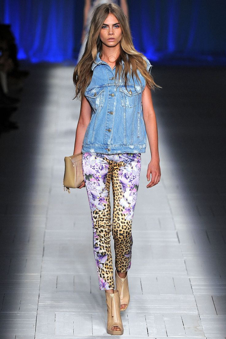 Just Cavalli Spring 2013 RTWDenim Shirts, Outfit, Spring Summer, Delevingne Face, Caradelevingne, Leopards Prints, Fashion Bloggers, Hair Color, Milan Fashion Weeks