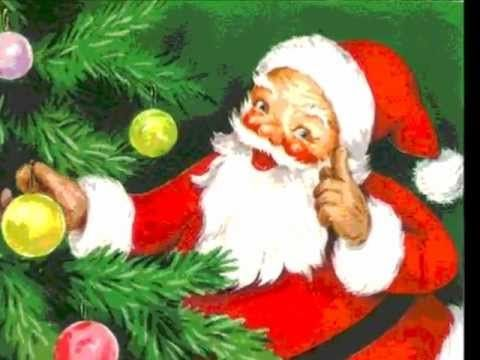 ▶ SANTA CLAUS IS COMING TO TOWN - BING CROSBY and ANDREWS SISTERS - YouTube