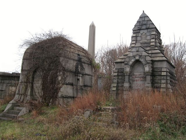 cemeteryCemetery, Gorgeous Cemetery, Beautiful, Gravestones, Haunted, Graveyards, Bramble, Cematary, Abandoned