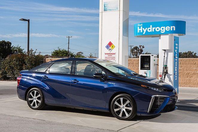 Toyota Mirai hydrogen fuel station #Future #Hydrogen
