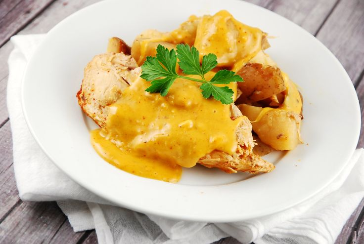 Checkout this delicious and easy Crock Pot Cheesy Chicken and Potatoes Recipe at LaaLoosh.com. Just 7 Points + for each wonderfully satisfying serving.