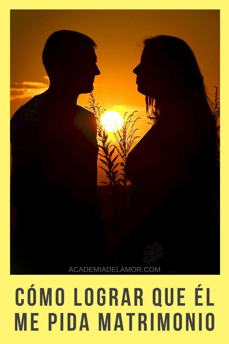 ¿Te gustaría saber cómo tratar el tema del compromiso con tu ser amado y lograr que él te pida matrimonio de forma estratégica? Sigue leyendo y entérate de los mejores consejos para que tu relación avance de nivel y ambos se atrevan a dar el gran paso.