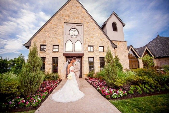 Oklahoma has many stunning wedding venues for that special day.