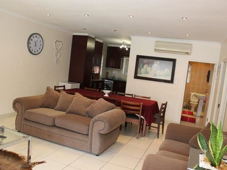 At The Falcon Self-catering Cottage - At The Falcon Self-catering Cottage is situated in the stunning suburb of Table View.The house has two en-suite bedrooms with televisions, a fully equipped kitchen, an open-plan dining room and lounge ... #weekendgetaways #bloubergstrand #southafrica