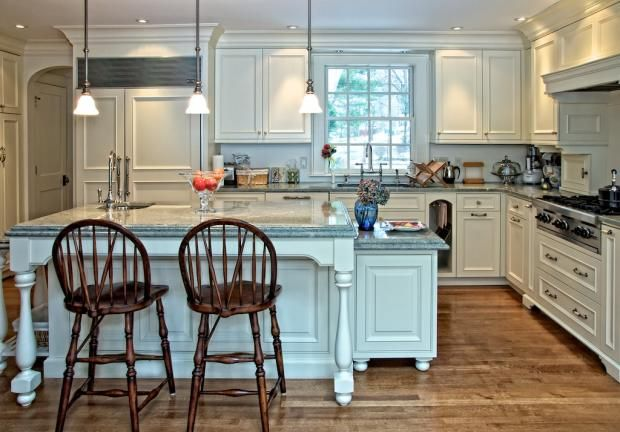 new england kitchen cabinets 8 best kitchen cabinets images on kitchen 3485