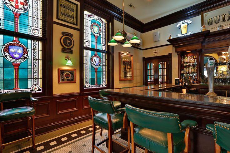 Irish Pub - 52 Stafford Hotel