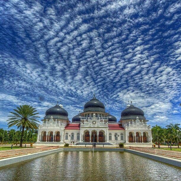 baitul rahman mosque aceh indonesia