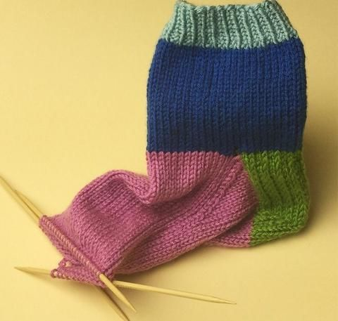 Mary Beth Temple: Simple Sock Tutorial Part Three – Deramores