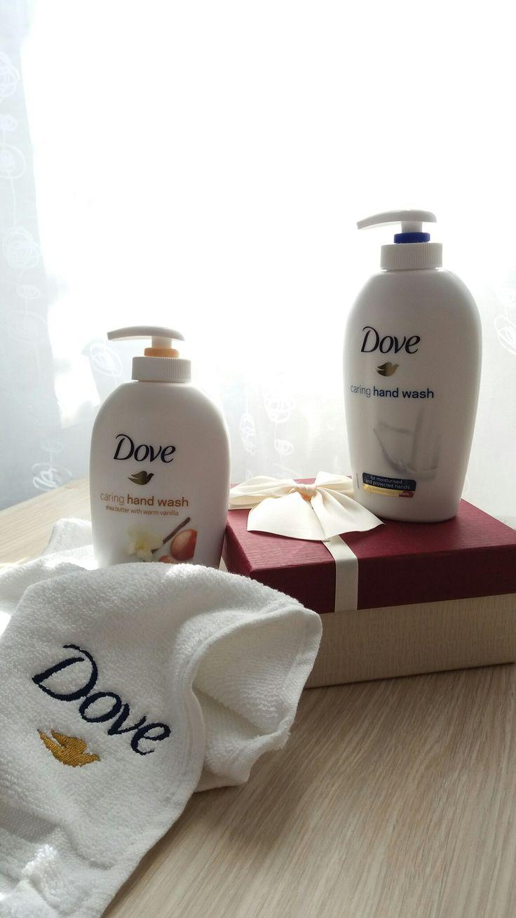 Hidratant, frumos mirositor..perfect!! Intr-un cuvant Dove