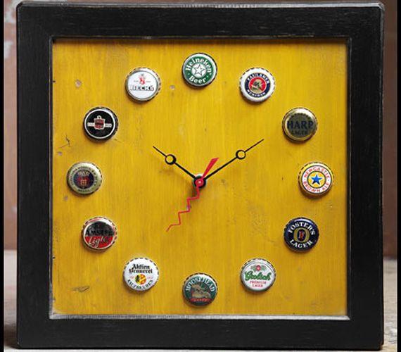 Horloge avec bouchon de bouteille de bière