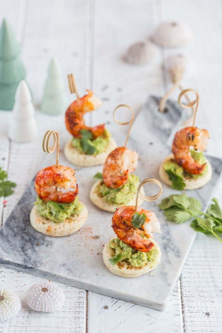 Bouchées aux crevettes et guacamole