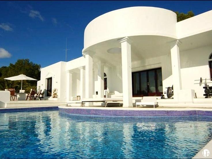 Exclusiva villa de alquiler en Cala Jondal, Ibiza