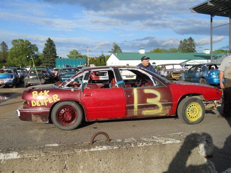 Demolition derby cars pictures