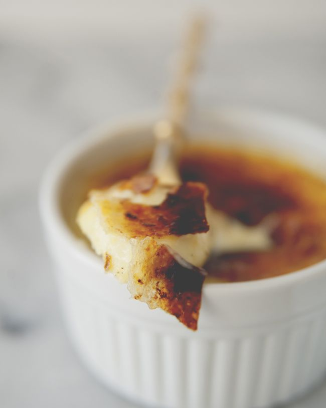 CLASSIC CREME BRULEE - The Kitchy Kitchen