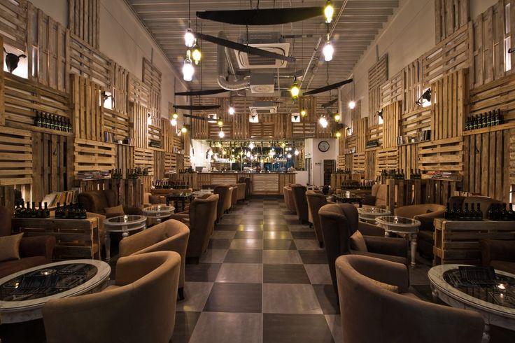 Návrh dizajnu interiéru kaviarne & vinárne PALETA vo Voderadoch - Michal Staško designer - dizajn produktov, interiérový dizajn a navrhovanie nábytku