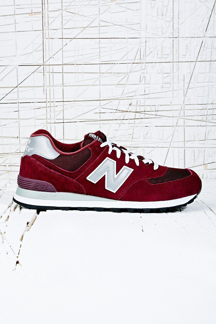 New Balance 574 Classic Trainers in Burgundy