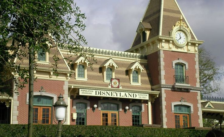 Disneyland Military Discounts for 2017