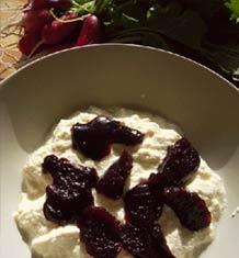 Soya-yougurt med frugtkompot