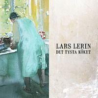 Det tysta köket Astrid och Arvid i Jonhål, Värmland är en del av konstnären och författaren Lars Lerins liv. Det var hos dem han målade sin första tavla för mer än 30 år sedan och det var deras gård som inspirerade honom till att vilja berätta i både ord och bild, något som sedan dess blivit Lerins speciella signum.