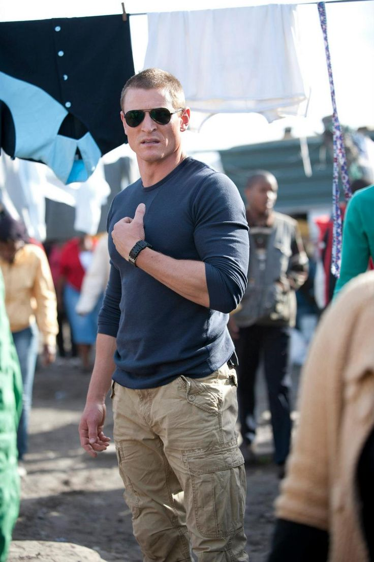 PHILIP WINCHESTER...why isn't this guy alot more famous and in alot more movies, shows?? Strike Back