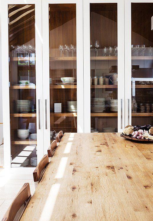 Best 25+ Modern display cabinets ideas on Pinterest   Mid century ...
