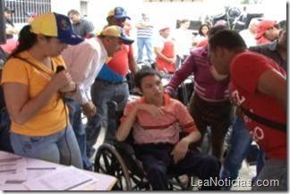 Gobernación de Anzoátegui entregó 60 equipos médicos en zona centro y sur - http://www.leanoticias.com/2013/04/29/gobernacion-de-anzoategui-entrego-60-equipos-medicos-en-zona-centro-y-sur/