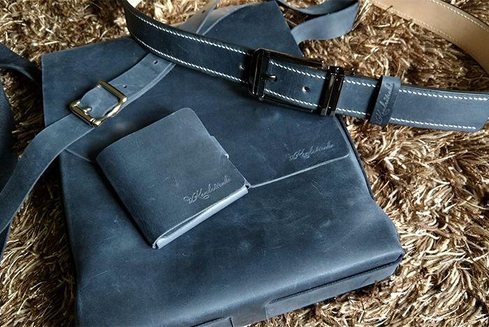 Комплект аксессуаров из кожи crazy horse (синий). Сумка с плечевым ремнем, кошелек минималиста, ремень. Ручное шитье вощеной нитью, седельным швом.