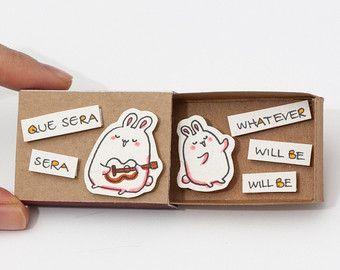 Articles similaires à Pack de 50 amour mixte designs de cartes, cartes de voeux en gros ! -Carte Matchbox, boîte-cadeau, boîte de Message sur Etsy