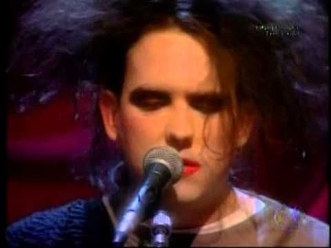The Cure - Live MTV Unplugged 1991 HQ .... I remember this.....