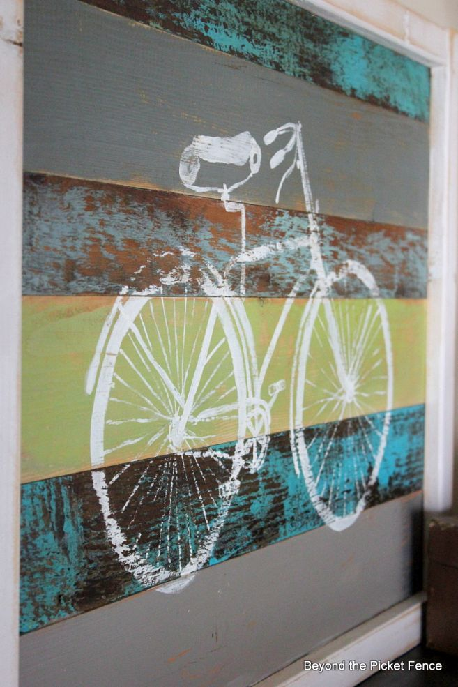 Hometalk :: Reclaimed Wood Bike Art