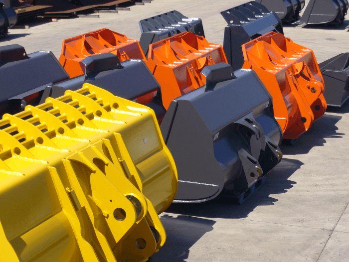 Firma Scapol posiada w swojej ofercie m.in.: Łyżki do ładowarek, łyżka do ładowarki, osprzęt do maszyn budowlanych, łyżka wysokiego wysypu, , łyżka ładowarkowa, łyżki ładowarkowe, zęby do łyżek, lemiesze do łyżek, sprzęgi do przyczep rolniczych, części do przyczep rolniczych, kule do wywrotu, części do wywrotu, zamek burtowy , zamknięcia do wywrotek, naciąg hamulca, zawiasy do wywrotu, stopnie naburtowe, odboje gumowe, kliny pod koła, kłonice.