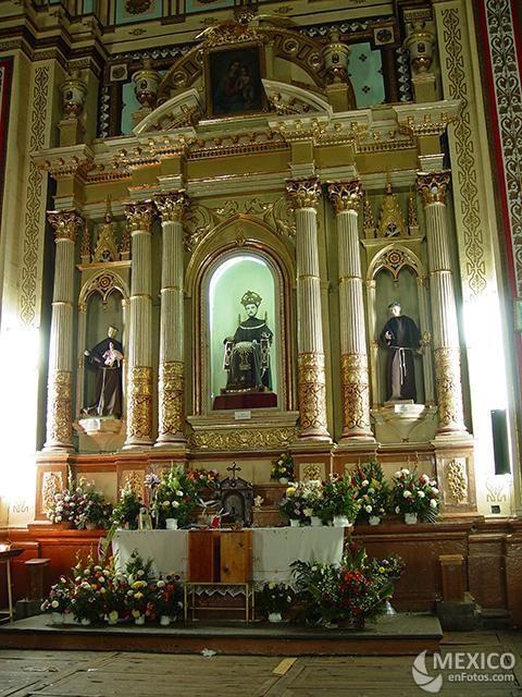 Altar San Francisco De Asis Real de Catorce.  San Luis Potosí. México.