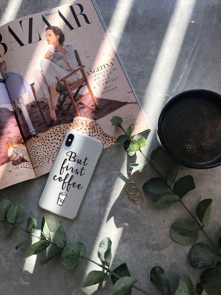 #flatlay #cases #case #etui #iphonex #iphonexcases #accesories #essential #coffee #coffeetime #timeforcoffee #butfirstcoffee #newspaper #harperbaazar #beauty #fashion #style #ootd #potd