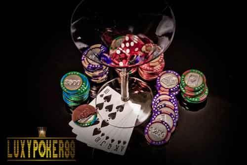 http://luxypoker99.org/manfaat-bermain-judi-di-agen-judi-poker-online-indonesia/