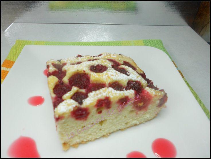 tout d'abord, je voudrais m'excuser auprès de mes copinautes de canal blog car hier soir impossible de passer sur vos blogs. canalblog devait avoir un problème!!! un superbe gâteau,que j'ai trouvée chez cooking julia cette recette est a l'origine d'un...