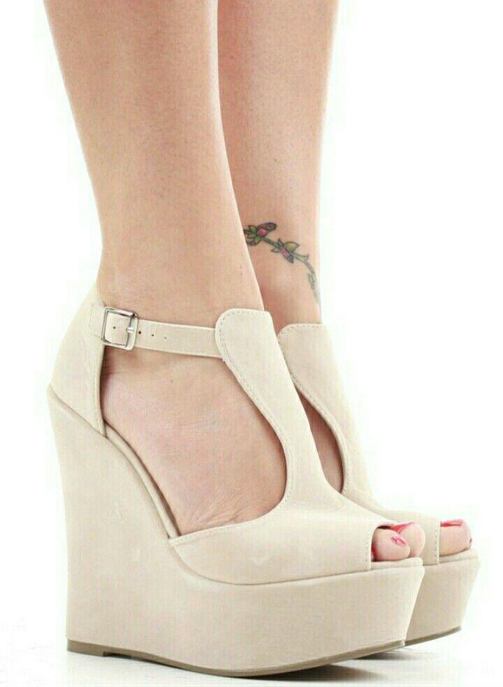 PEU PISTA - Zapatillas - black SAILOR - Zapatos altos - natural/white ASPIRE - Zapatillas multipista - footwear white/grey two/clear mint SAILOR - Zapatos altos - natural/white FOLLIE - Zapatos de vestir - black VILNIUS - Botines bajos - nero ruWfKA