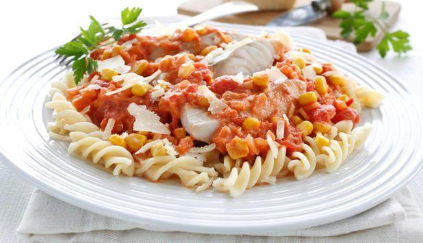 Pasta med sei og tomatsaus - Godfisk