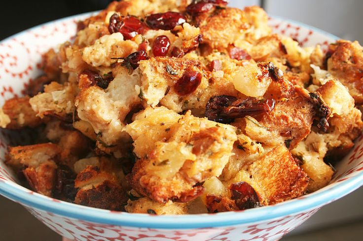 .·:*Christmas*:·.  Apple Cranberry Stuffing - Oh Sweet Basil. ❉CQ #christmas #holiday