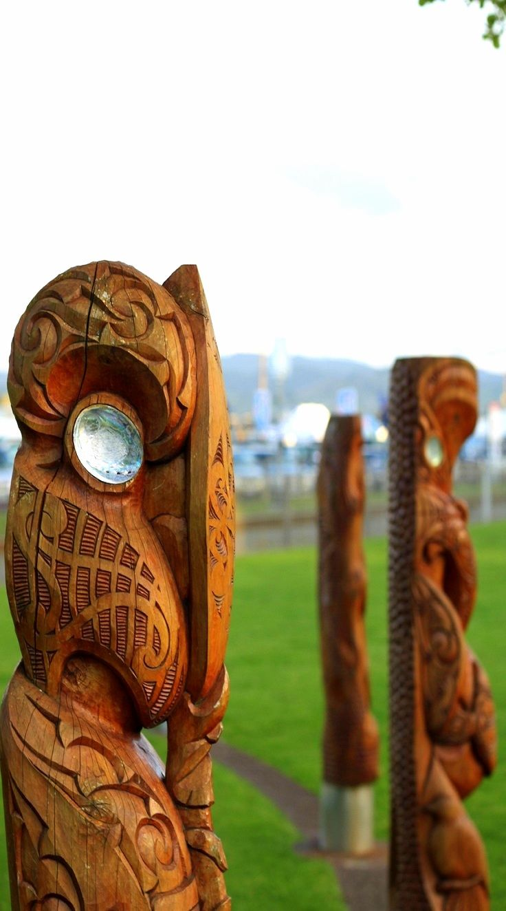 Maori sculpture in Tauranga City at the dockside of the Matariki - the seven sisters of the Pleiades - NZ