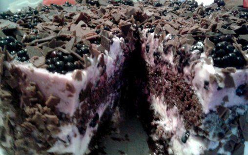 Retete Culinare - Tort cu mure si afine