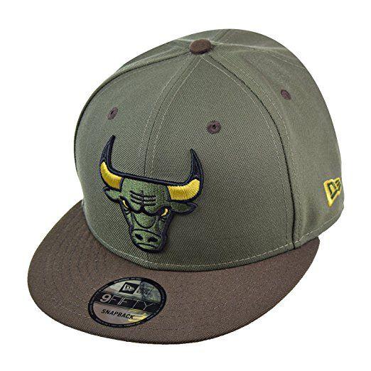10c626cf47f New Era Chicago Bulls NBA 9Fifty Men s Snapback Hat Cap Green Brown Black  70425024 (Size OS)