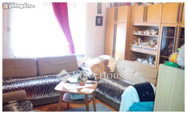 Hévízen nagyon jó helyen 93 m2-es családi ház kis telekkel eladó