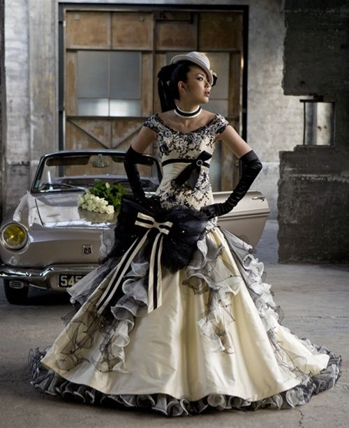 Wedding Dress Fantasy - Yellow Wedding Dress #steampunk
