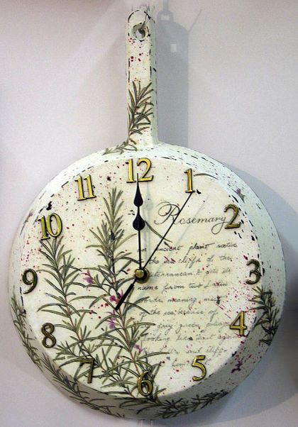 Clock Decoupage. -  ON A FRYING PAN...FABULOUS!!!  ♥A