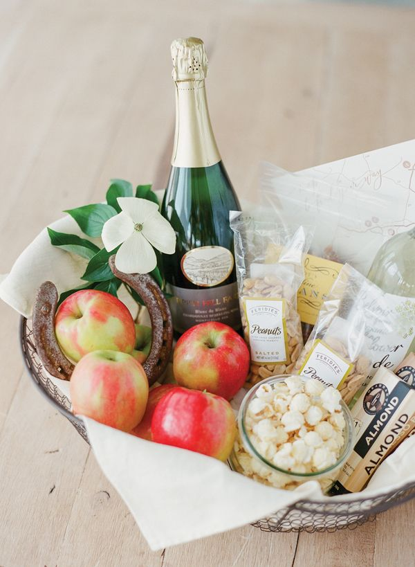 Virginia wedding welcome basket | KT Merry