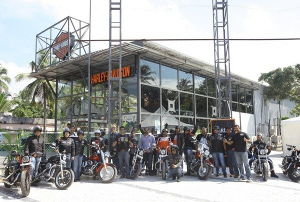 To cater to customers in Southern India, Harley Davidson has inaugurated a new dealership in Kochi, Kerala. This is Harley Davidson India's 9th dealership in the country and the fourth in Southern India. Spice Coast Harley Davidson is this new dealership which has been opened with Mitesh Patel being its owner. Harley Davidson Kerala is located at Vytilla Aroor Bypass Road, Maradu.